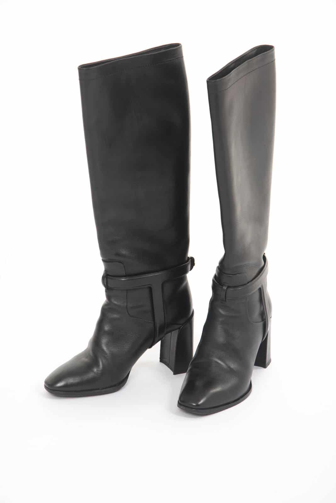 7ace333e2 Christian Dior Black leather Boots - DressXChange
